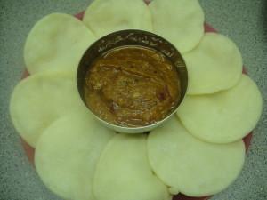 Vellai_paniyaram_cook_2