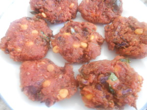 Beetroot Vada_cook