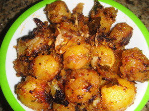 Baby potato Sukka Cook